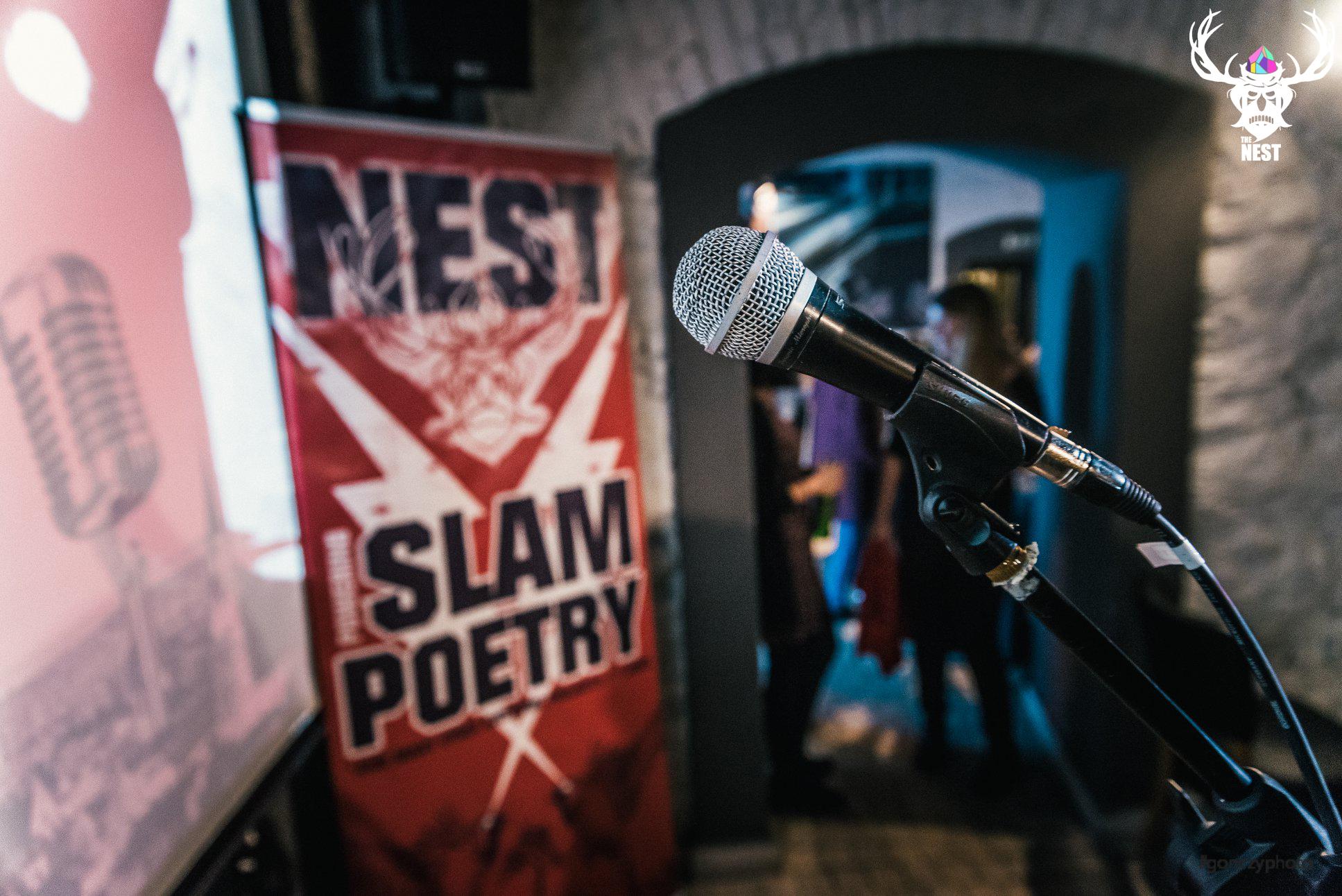 Dilema - seara muzicala de spoken word / poezie multilingvă